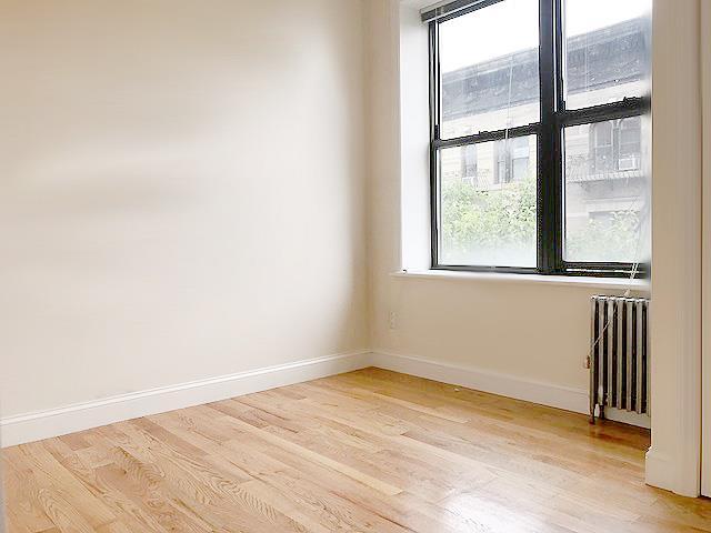 104 Sullivan Street Soho New York NY 10012
